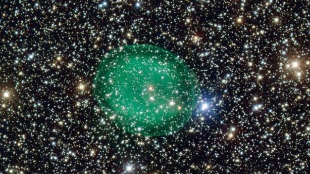 burbuja-verde-espacio-nebulosa--644x362