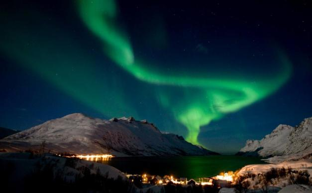 Aurora_boreal_-_L