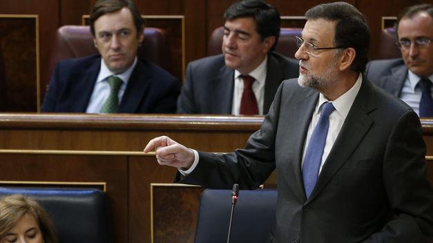 Rajoy-inmodificable-Constitucion-prudencia-consenso_TINIMA20140226_0515_18